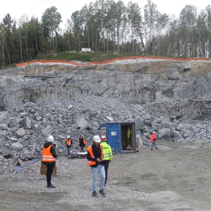 Cut and Cover Tunnel, Akalla. Sprengung im Einschnitt Portalbereich
